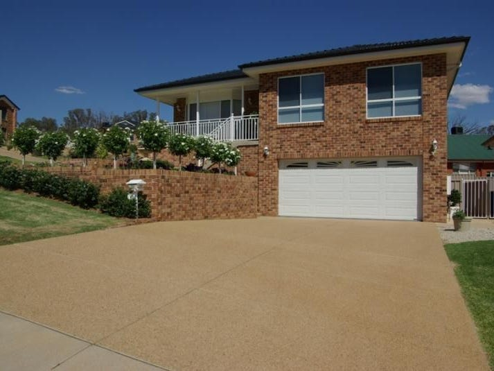 8 Kyalla Place, Bourkelands, NSW 2650