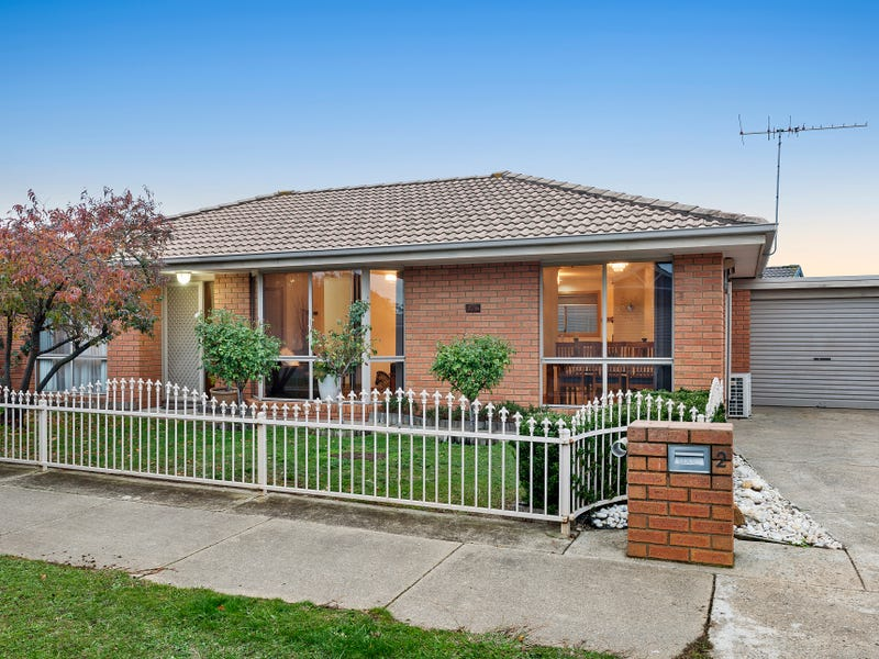 2/6 Webster Drive, Sebastopol, Vic 3356