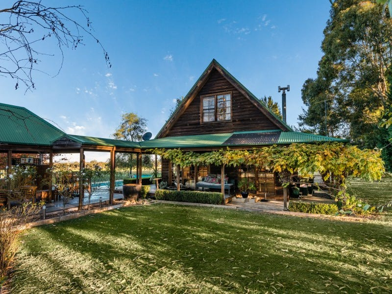 2071 Wombeyan Caves Road, Mittagong, NSW 2575