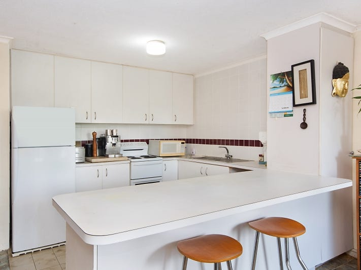 4/4 Durroon Court, Ocean Shores, NSW 2483