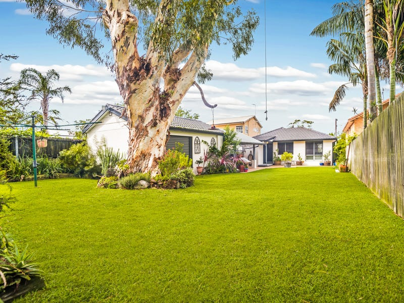 12 Annesley Ave, Stanwell Tops, NSW 2508