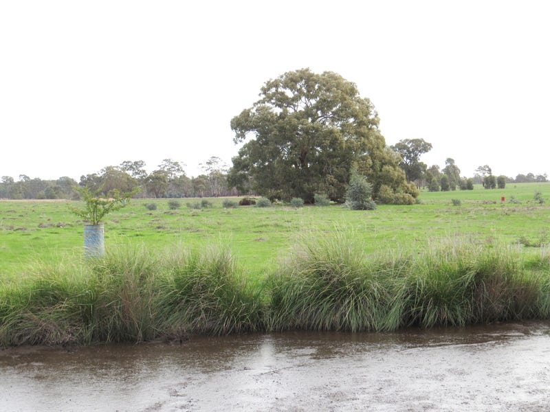 Lot 2, Murphys Lane, Toolleen, Vic 3551