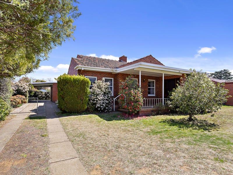 20 Sturt Avenue, Narrabundah, ACT 2604