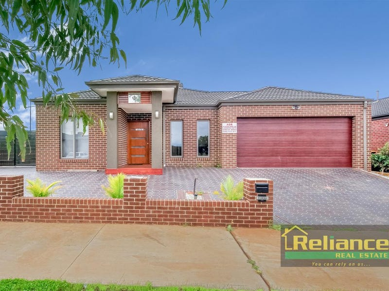 34 Mapleton Boulevard, Melton South, Vic 3338