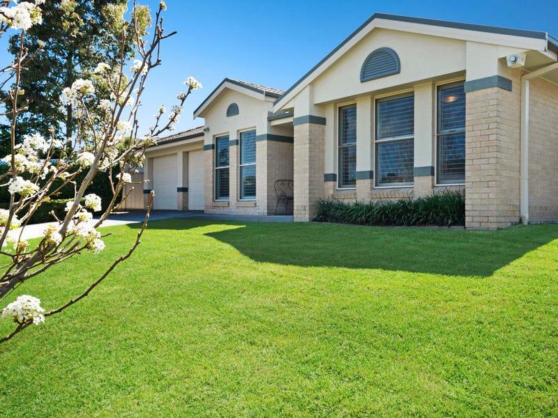 13 Rothbury Terrace, Thornton, NSW 2322