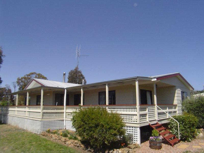 11 Douglas Close, Carwoola, NSW 2620