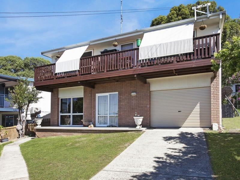 12 Maitland Avenue, Sunshine, NSW 2264