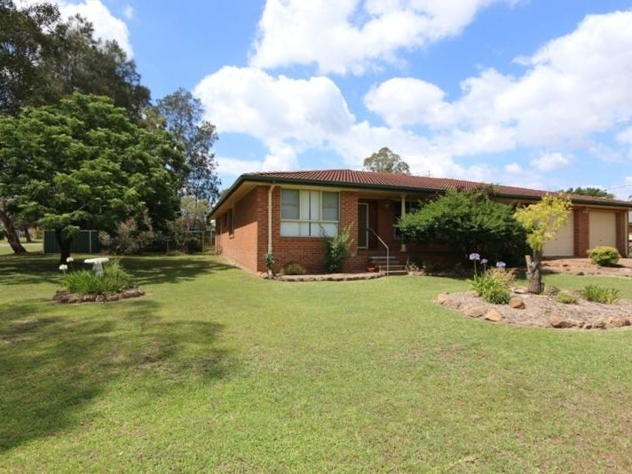 14 Freeman Drive, Lochinvar, NSW 2321