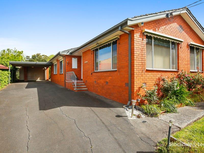 9 Springsong Pass, Chirnside Park, Vic 3116