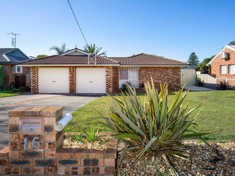 16 Mathews Street, Shoalhaven Heads, NSW 2535