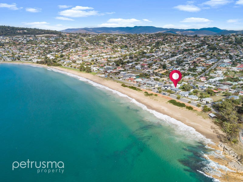 10 Ocean Esplanade, Blackmans Bay, Tas 7052