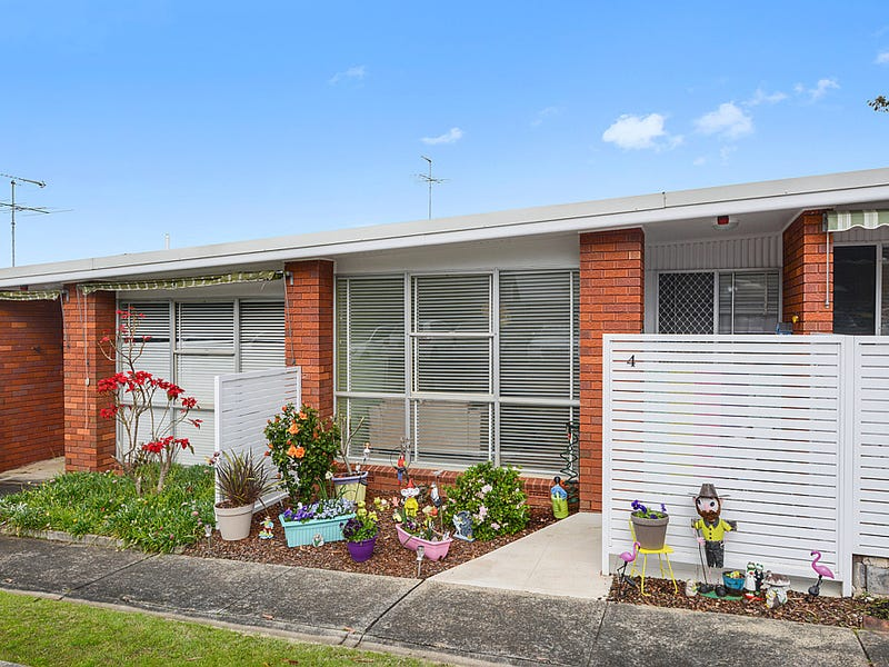 4/29-33 Corella Road, Kirrawee, NSW 2232