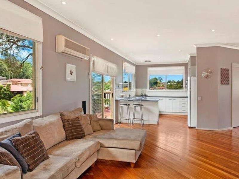 3 Stewart Brougham Close, Lisarow, NSW 2250