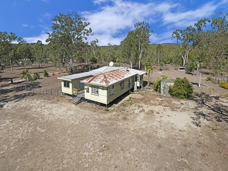 5 Sharpes Road (aka 188 Sharps Road), Hervey Range, Qld 4817