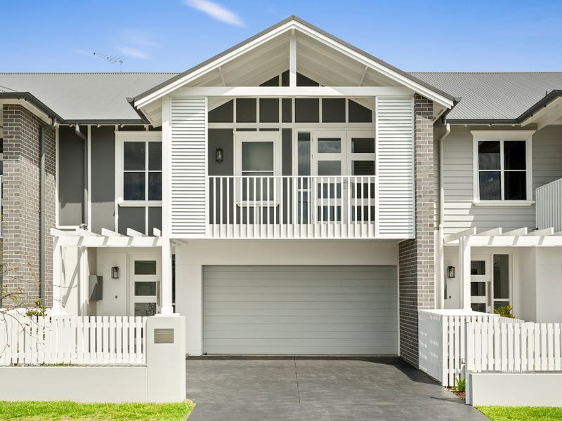 18 Helsham Street, Oran Park, NSW 2570