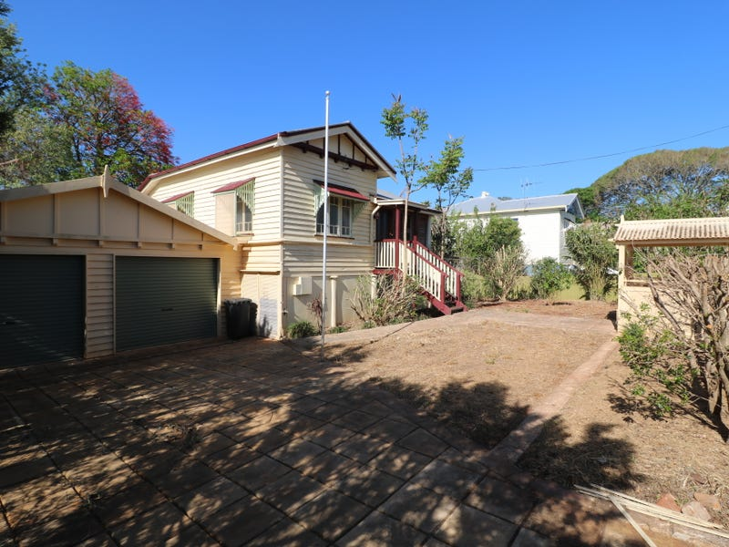 3 Pizzey St, Childers, Qld 4660