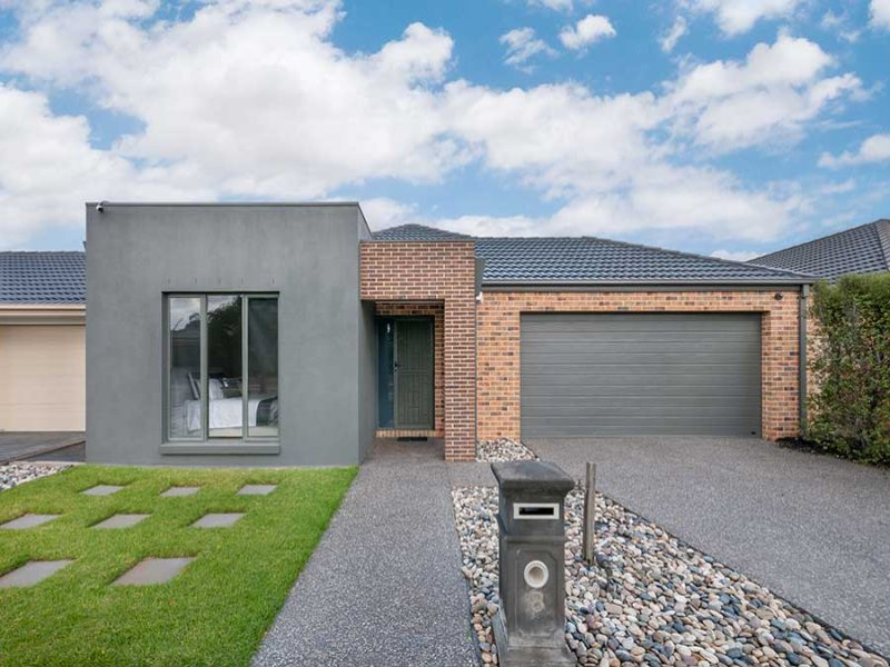 8 Dampier Close, Craigieburn, Vic 3064