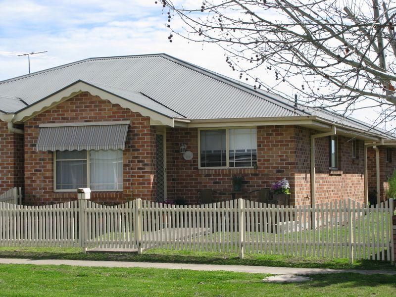 1/20 Henderson Street, Inverell, NSW 2360