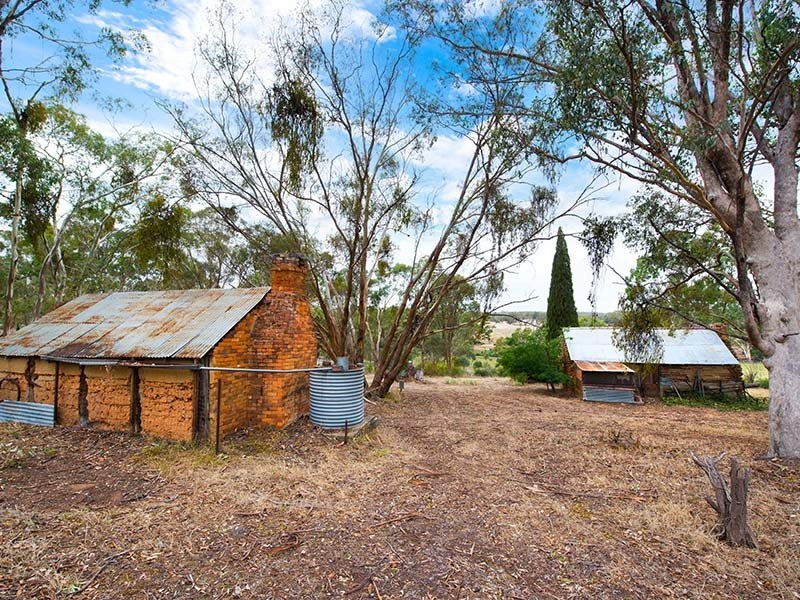 1657 Hepburn-Newstead Road, Clydesdale, Vic 3461