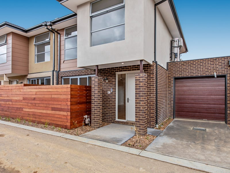12 Emica Parade, Knoxfield, Vic 3180