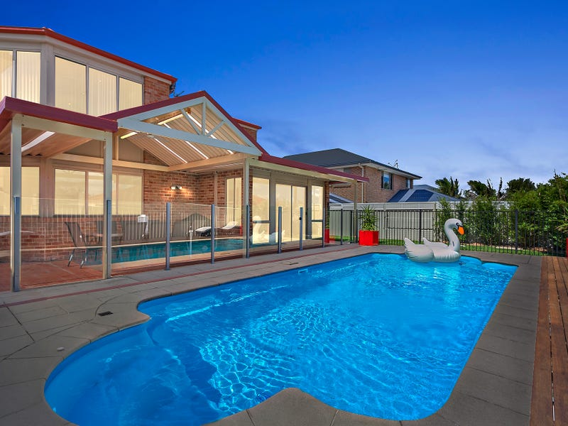16 Caravel Crescent, Shell Cove