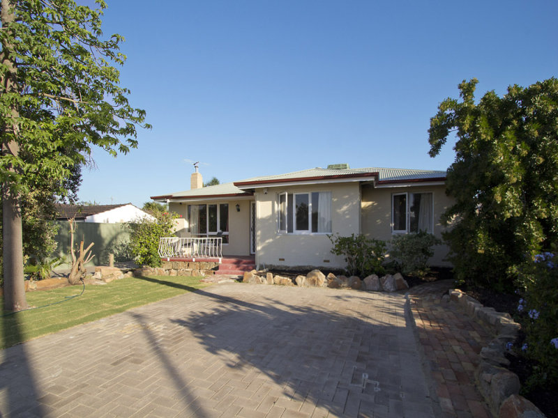 25 Tolworth Way, Embleton, WA 6062