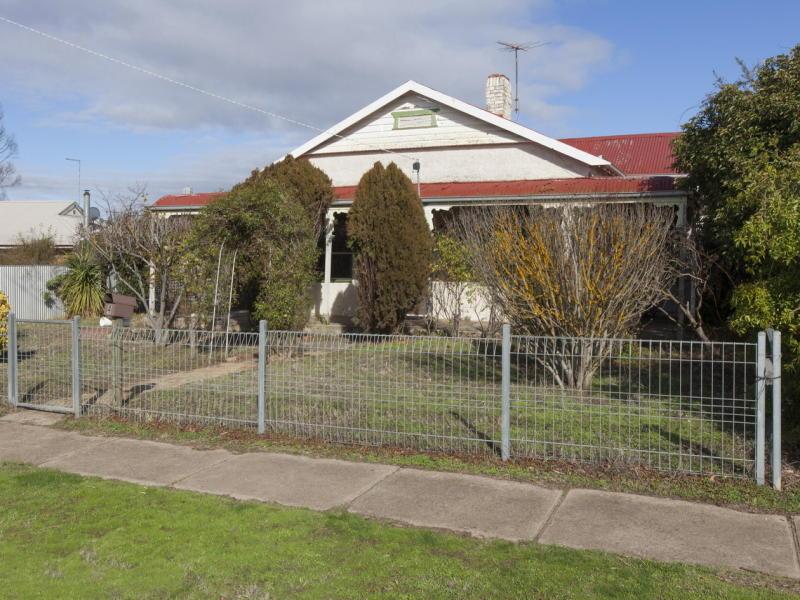 4 Warranooke Street, Willaura, Vic 3379