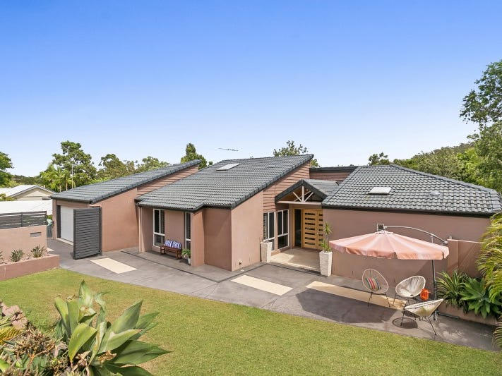 246 Chapel Hill Road, Chapel Hill, Qld 4069