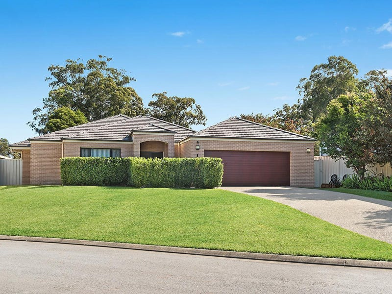8 Lyrebird Place, Port Macquarie, NSW 2444