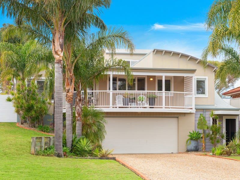 33 Scott Street, Shoalhaven Heads, NSW 2535
