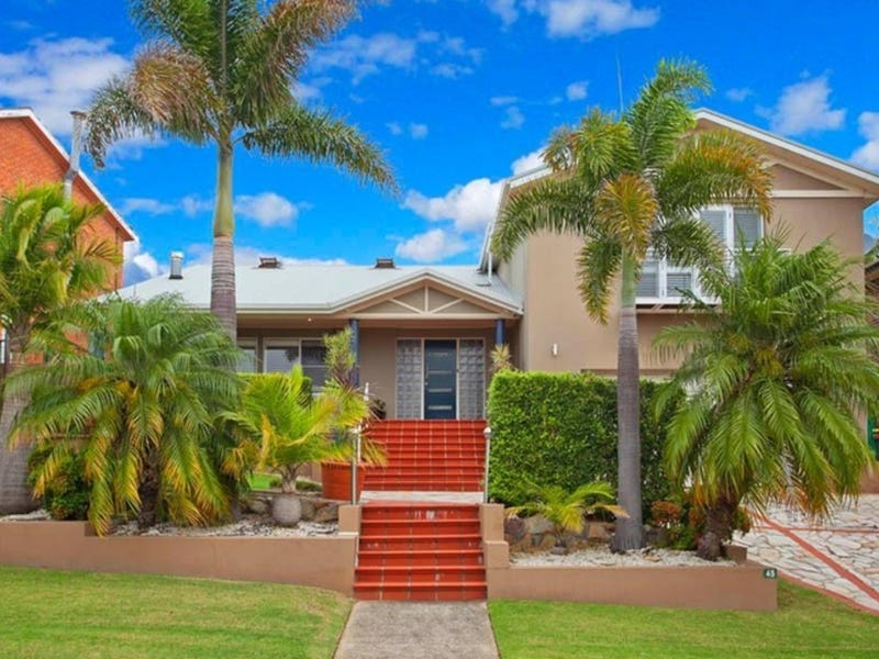 45 Royal Oak Drive, Alfords Point, NSW 2234