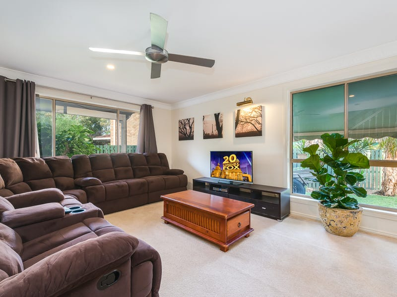 6/348 Oxley Drive, Coombabah