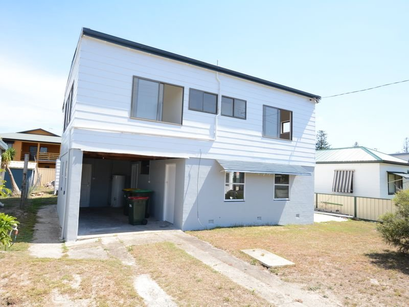 23 Manning Street, Manning Point, NSW 2430
