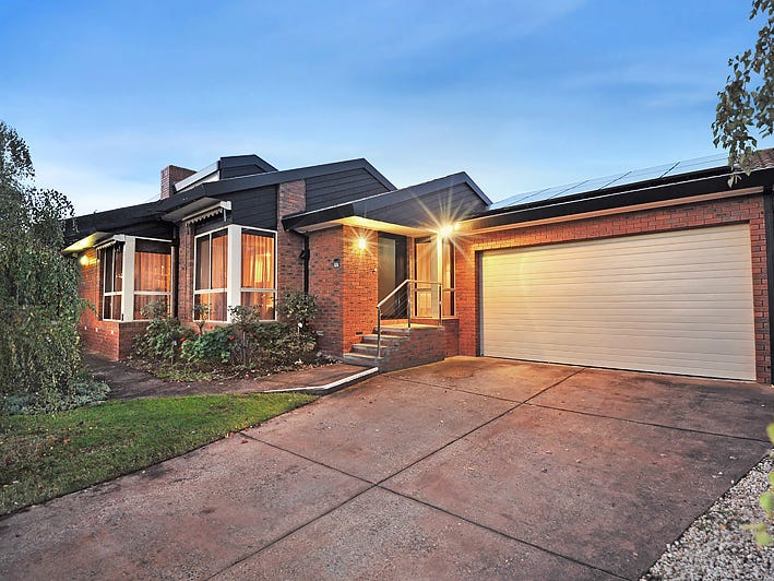 1 Links Court, Invermay Park, Vic 3350