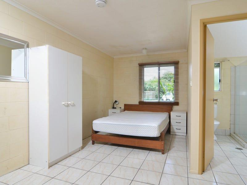 4 Triton Lodge/4 Triton Crescent, Port Douglas, Qld 4877