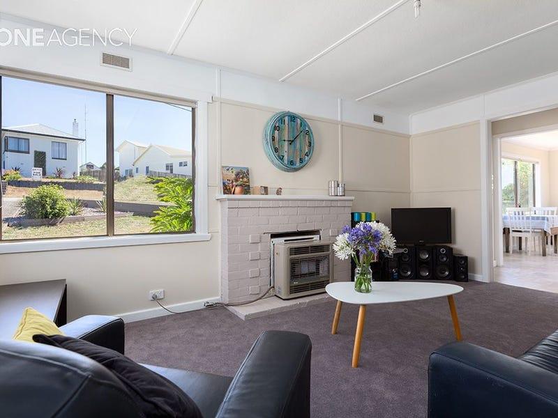 44 Ashwater Crescent, Penguin, Tas 7316