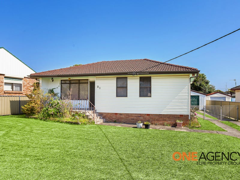 51 Thomas Street, Lake Illawarra, NSW 2528