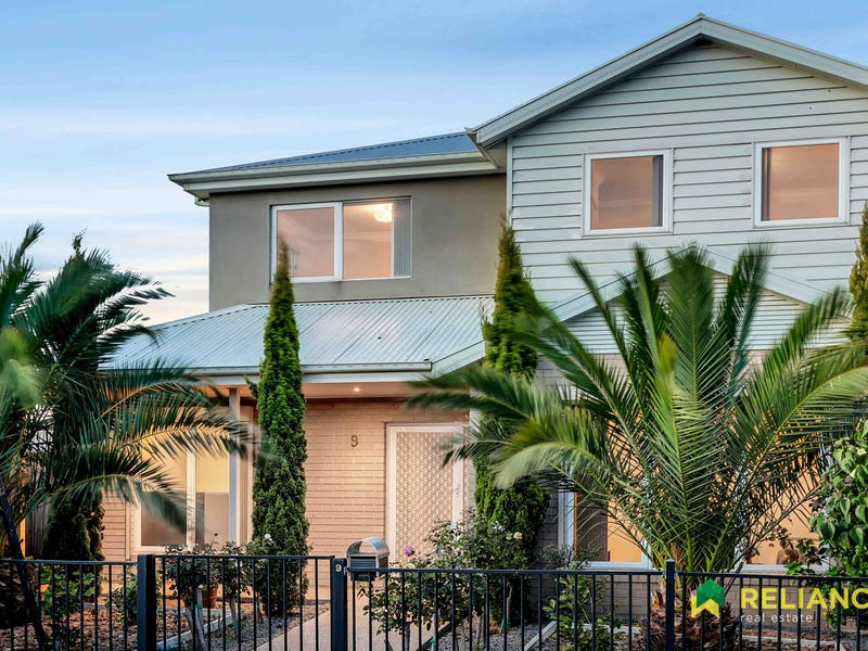 9 Paola Circuit, Point Cook, Vic 3030