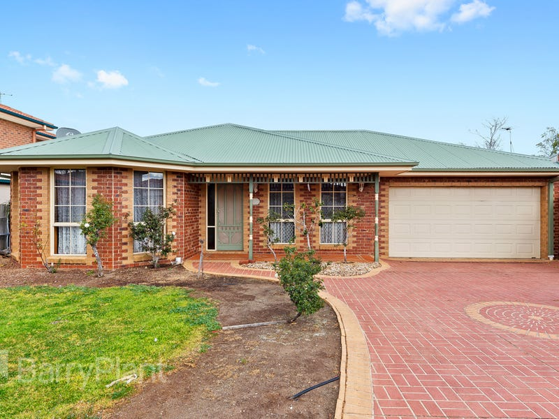 33 Perceval Crescent, Taylors Lakes