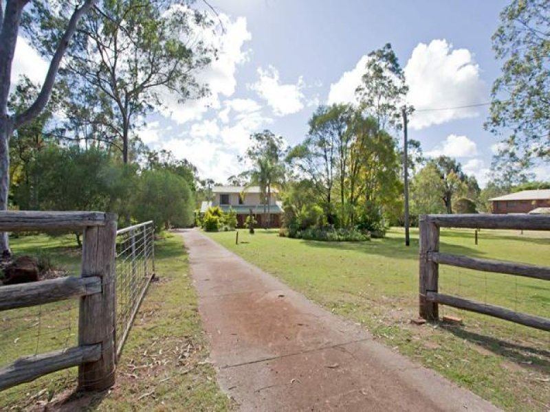 52 Larnook Street, Upper Lockyer, Withcott, Qld 4352