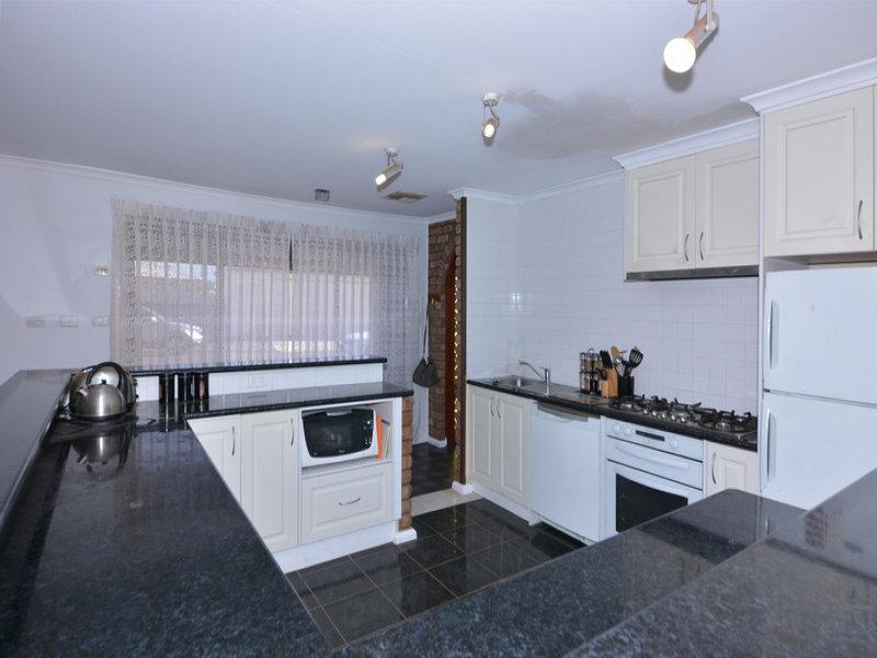 220  Nicolson Avenue, Whyalla Stuart, SA 5608