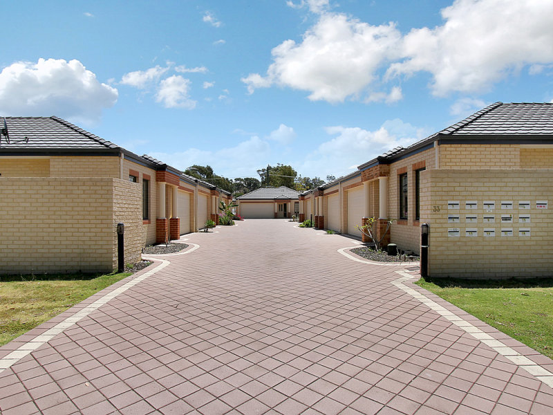 2/33 Wattle Mews, Hocking, WA 6065