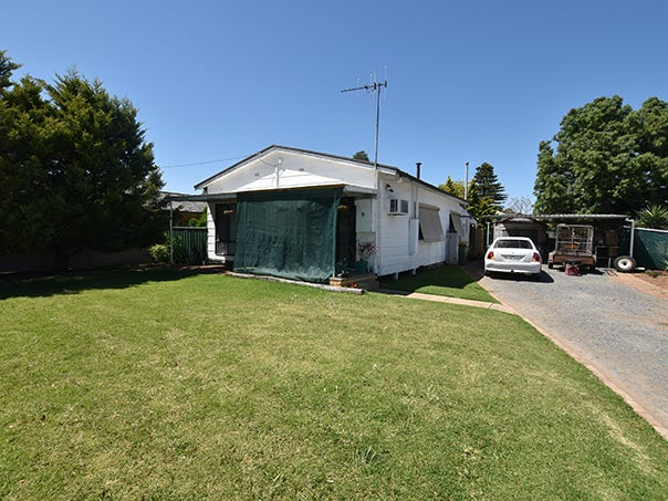 9 Sawers Avenue, Kyabram, Vic 3620