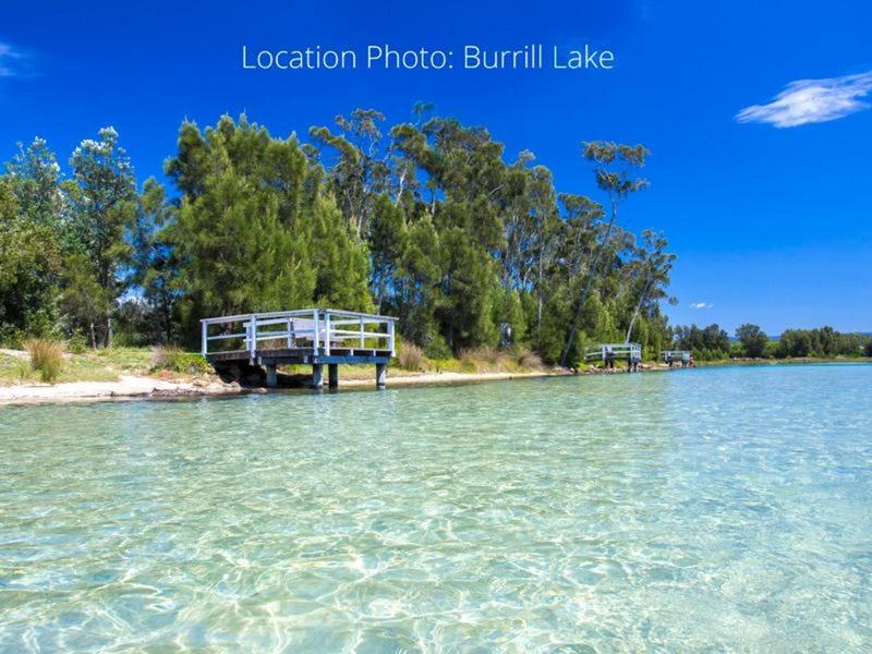 15 Como Avenue, Burrill Lake, NSW 2539