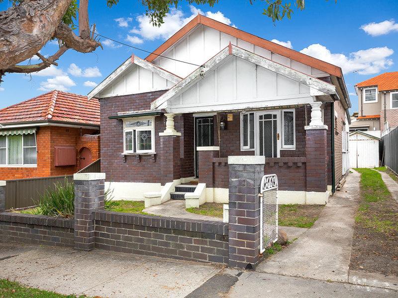 11 Arthur Street, Rodd Point, NSW 2046