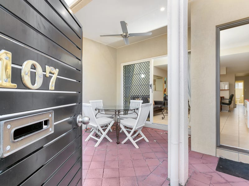107 2 Greenslopes Street, Cairns North, Qld 4870