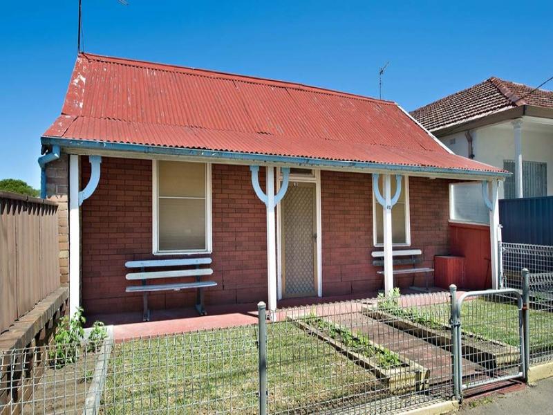 62 Hart Street, Tempe, NSW 2044