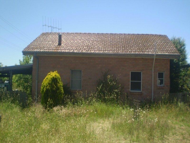 44 Clarke Street, Nimmitabel, NSW 2631