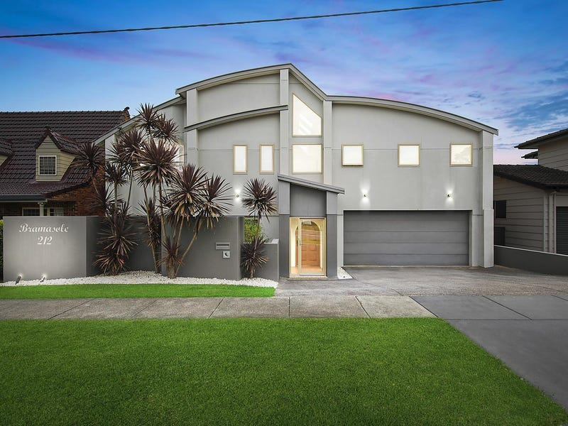 212 Scenic Drive, Merewether Heights, NSW 2291