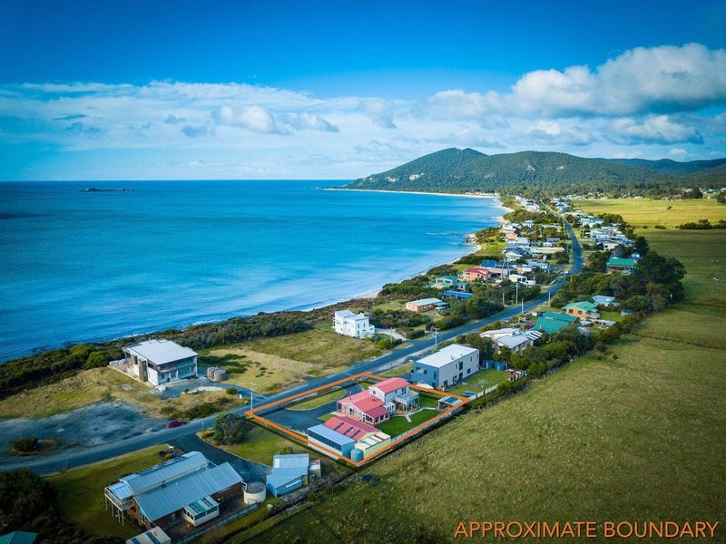 120 Irby Boulevard, Sisters Beach, Tas 7321